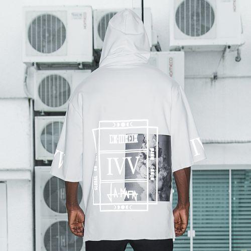 Camiseta-Play-Hard-La-Mafia