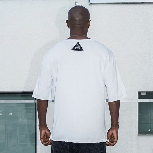 Camiseta-White-Triangle-La-MafiaCamiseta-White-Triangle