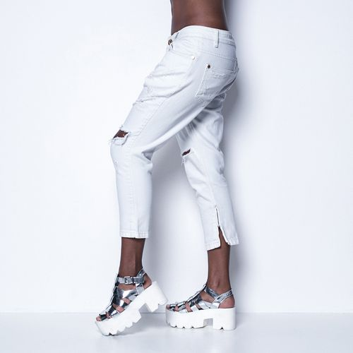 Calca-Jeans-White-Wall-Labellamafia