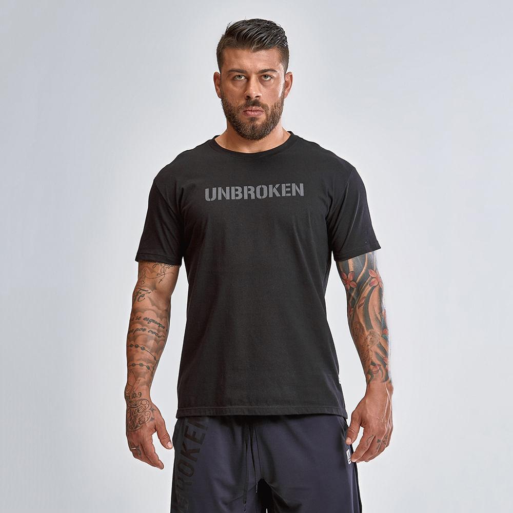 Camiseta-Unbroken-Black