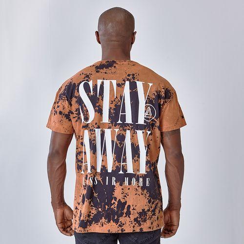 Camiseta-Graphics-Stay-Away