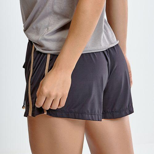 Shorts-Golden-Black-Street