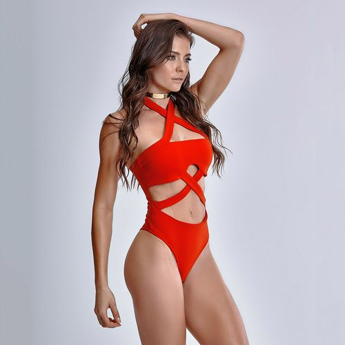 Body-Resort-Afternoon-Red