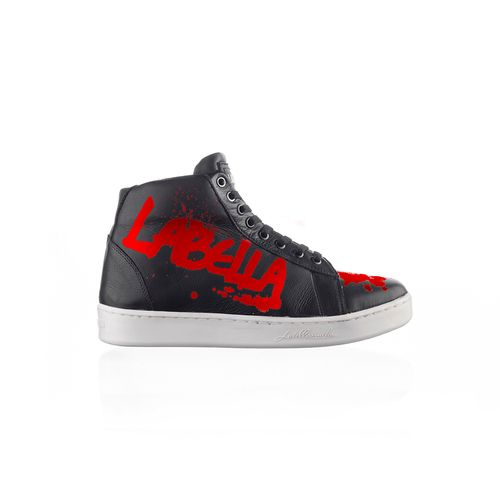 Sneaker-Graffiti-Black-and-Red-